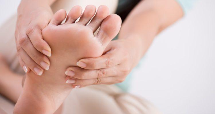 pies y manos blog rec 750x400 - Síndrome de Südeck, ¿qué es y cómo se trata?